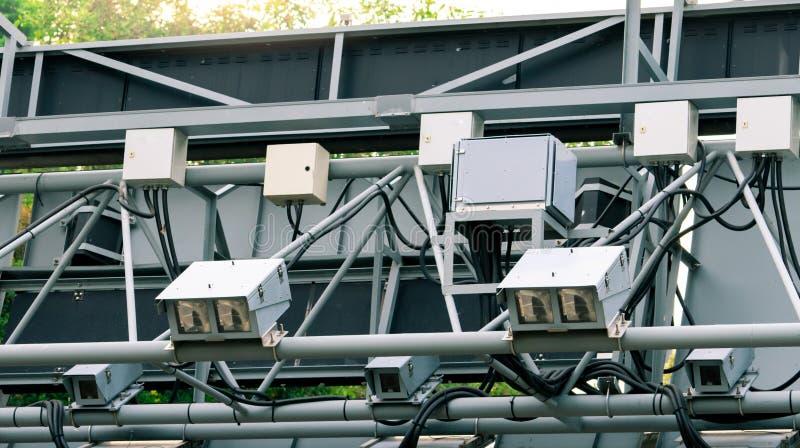 TARIFFE elettroniche per il pedaggio stradale ERP o riscossione elettronica dei pedaggi a Singapore per la gestione del traffico  fotografie stock libere da diritti