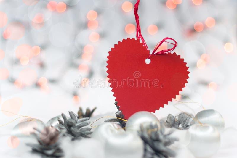 Tarjeta de Navidad con el corazón fotografía de archivo libre de regalías
