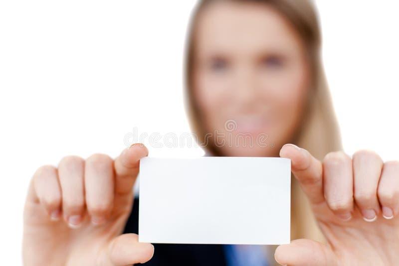 Tarjeta de visita en blanco en una mano fotos de archivo