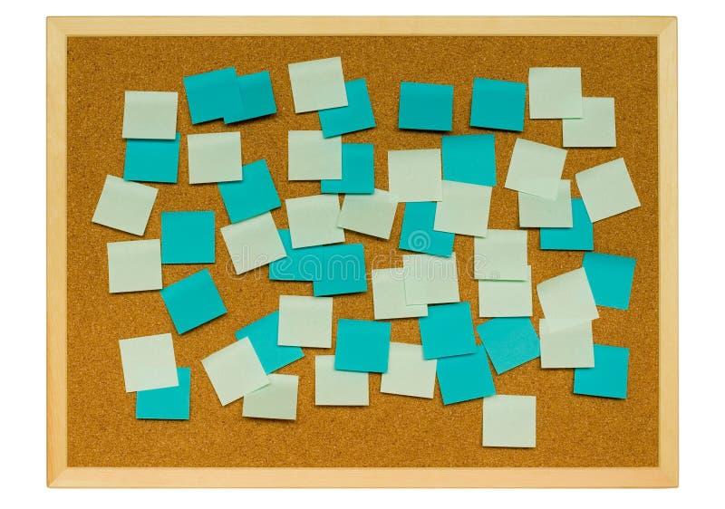 Tarjeta del corcho con las notas pegajosas imágenes de archivo libres de regalías