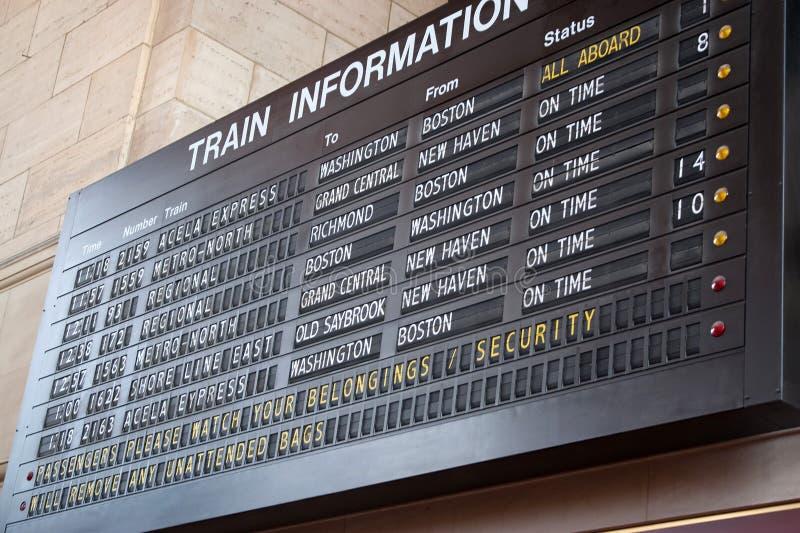 Tarjeta del horario de la estación de tren foto de archivo libre de regalías