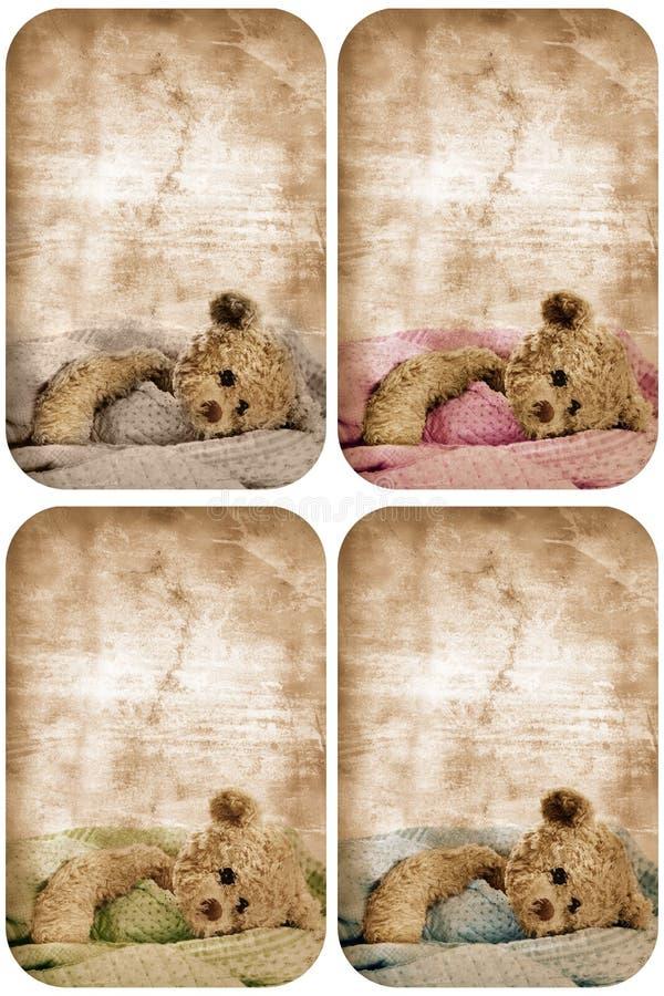 Tarjeta del oso de peluche de Grunge. ilustración del vector