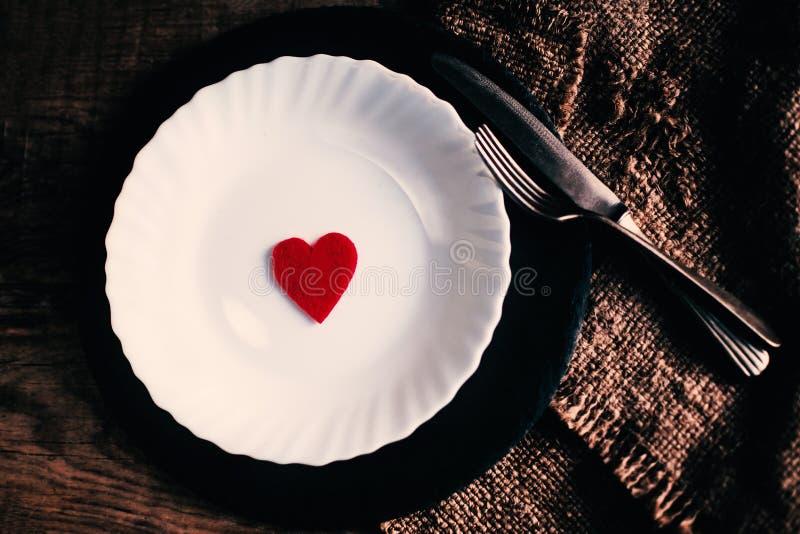 Tarjeta hermosa del concepto del amor del día de tarjetas del día de San Valentín imagenes de archivo