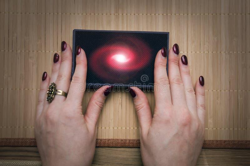 Tarjetas de Tarot Adivino divination imagen de archivo