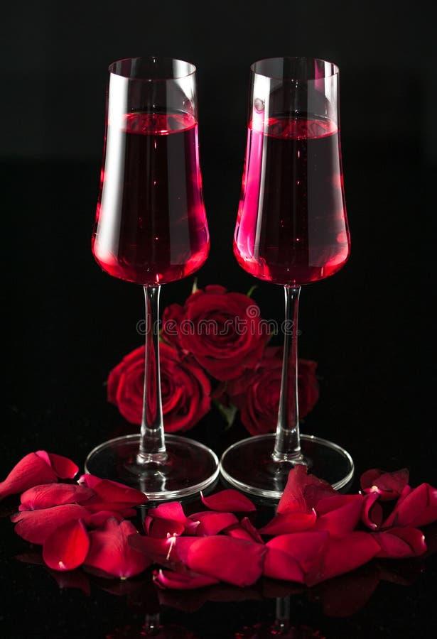Tarjetas del día de San Valentín rosadas del champán fotos de archivo