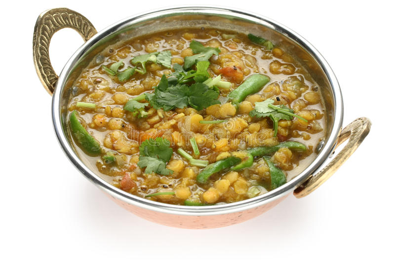 Tarka dal, soczewica czerwony curry, indyjski naczynie zdjęcie royalty free