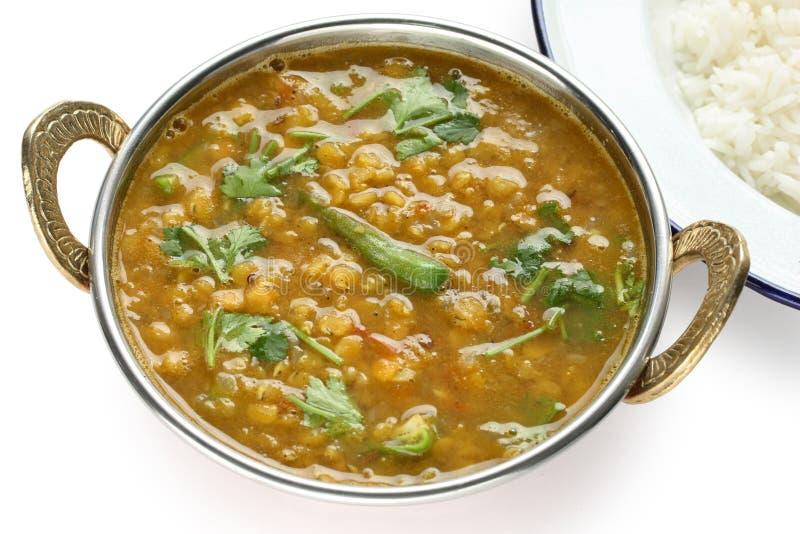 Tarka dal, soczewica czerwony curry, indyjski naczynie zdjęcia royalty free