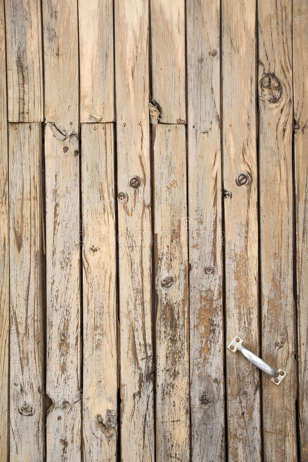 Free Tarnished Wooden Door Royalty Free Stock Images - 507909