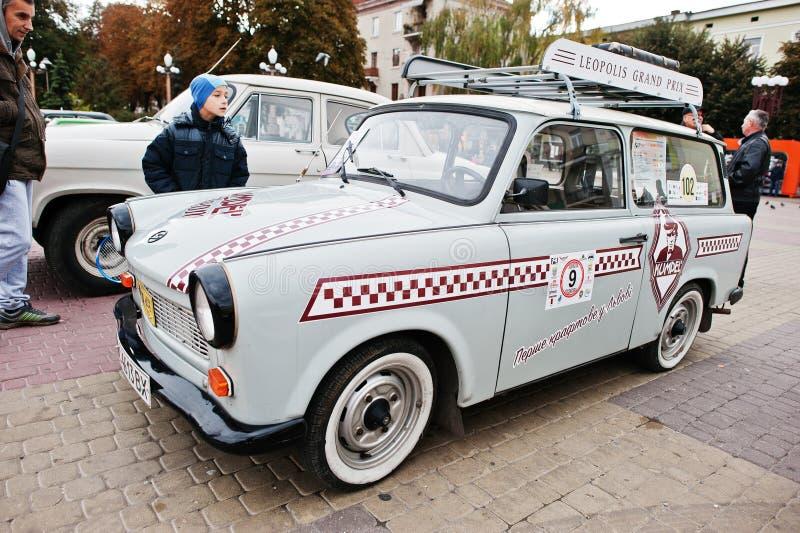 Tarnopol, de Oekraïne - Oktober 09, 2016: Klassieke retro auto Trabant royalty-vrije stock afbeeldingen