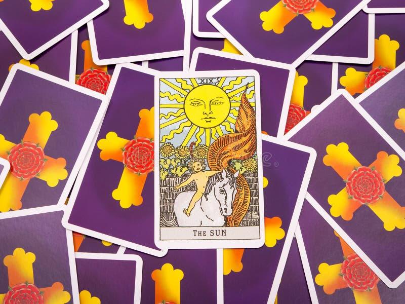 Tarocchi delle carte di tarocchi, la carta del sole fotografie stock libere da diritti