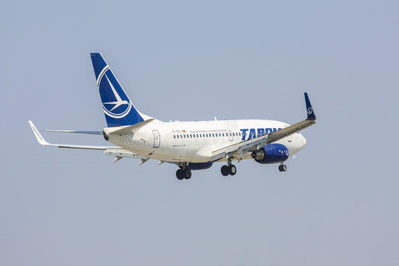 TAROM-lijnvliegtuig stock afbeeldingen