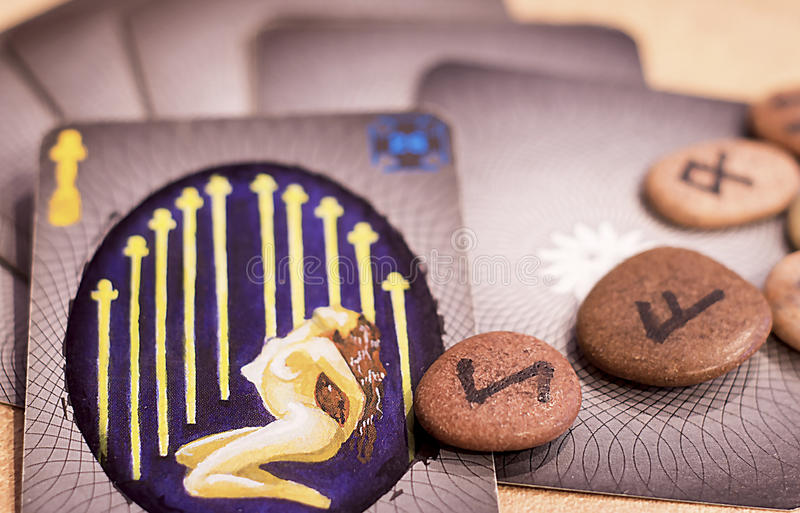 Tarot karty i runes obraz royalty free