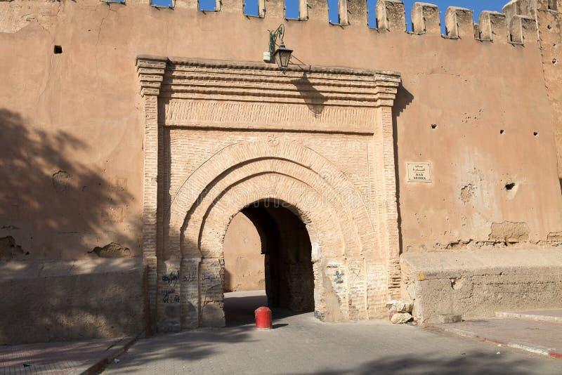 Taroudants defensiv väggport arkivfoto