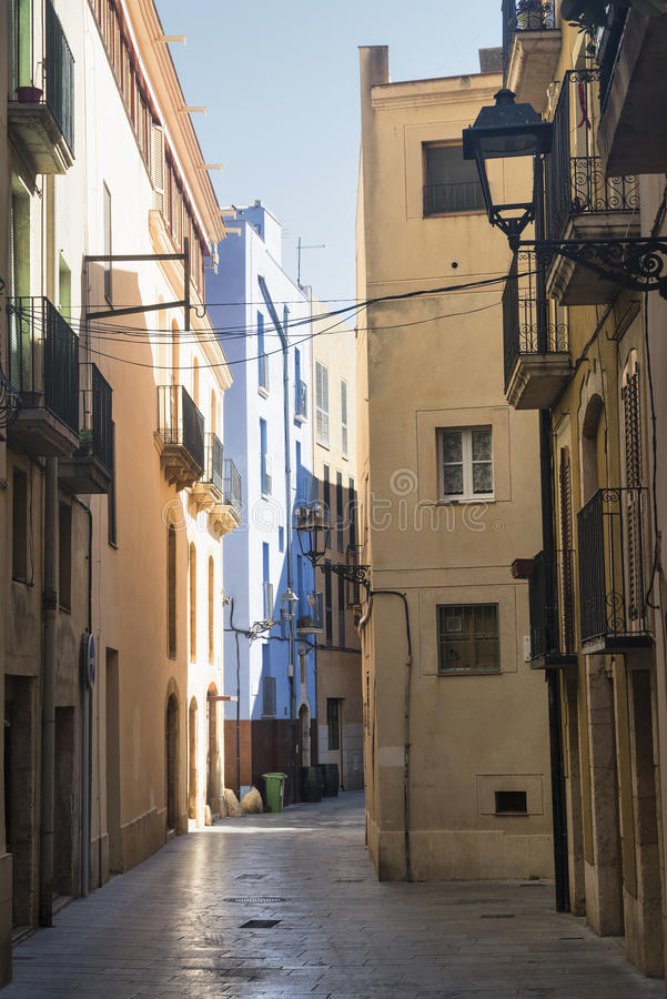 Tarragona (Ισπανία): παλαιά οδός στοκ φωτογραφίες με δικαίωμα ελεύθερης χρήσης