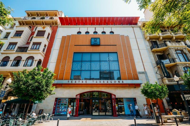 Tarragona het Theater is een 698 zeteltheater op de belangrijkste promenaderambla Nova Gebouwd in 1924 door architect Xavier Clim stock foto
