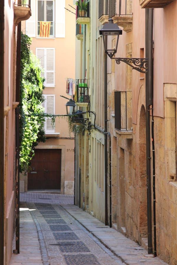 Tarragona-Straße lizenzfreie stockbilder