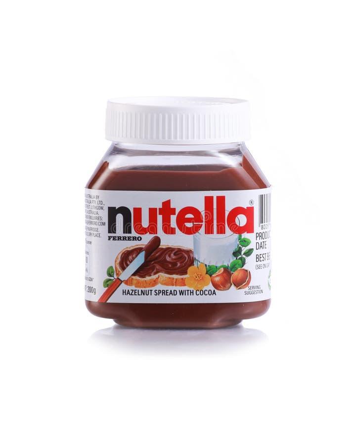 Tarro de la extensión del chocolate de la avellana de Nutella imagenes de archivo