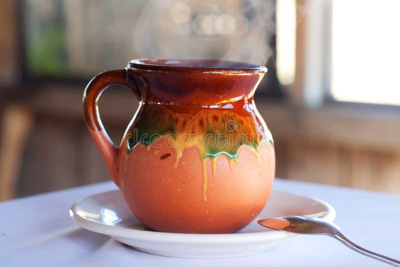 Tarro mexicano típico Barro de la taza de café foto de archivo