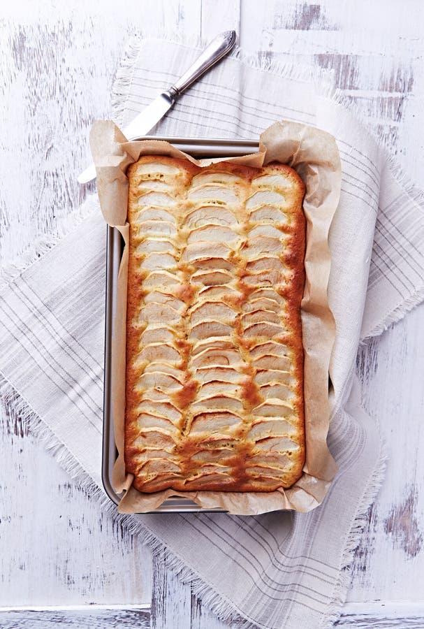 Tarta de manzanas sin grasa hecha en casa foto de archivo