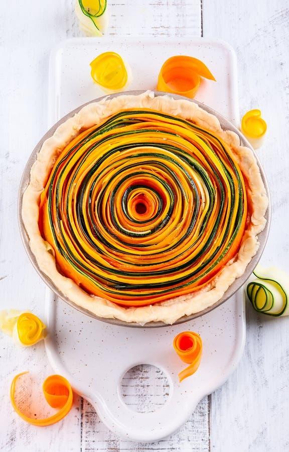 Tarta vegetal espiral imagen de archivo libre de regalías