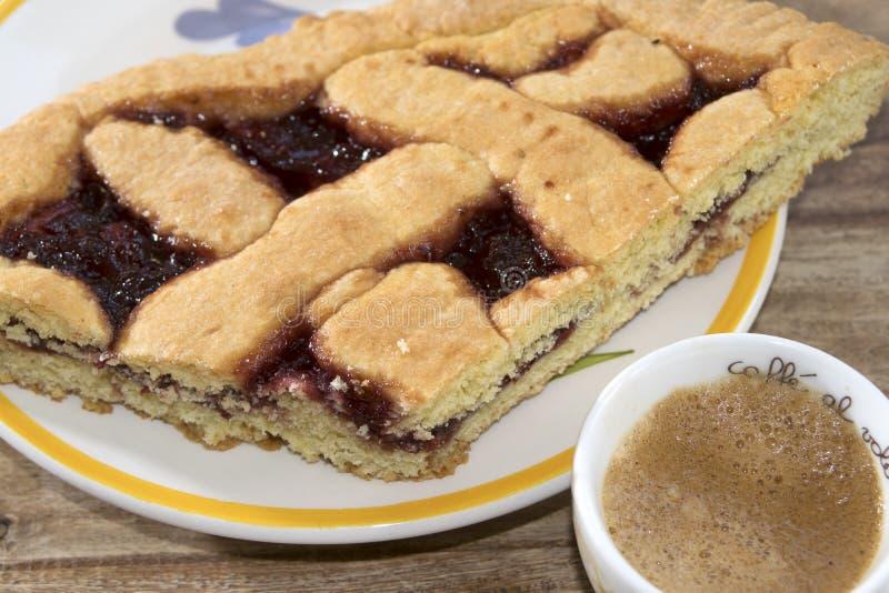 Tarta y café del atasco fotografía de archivo