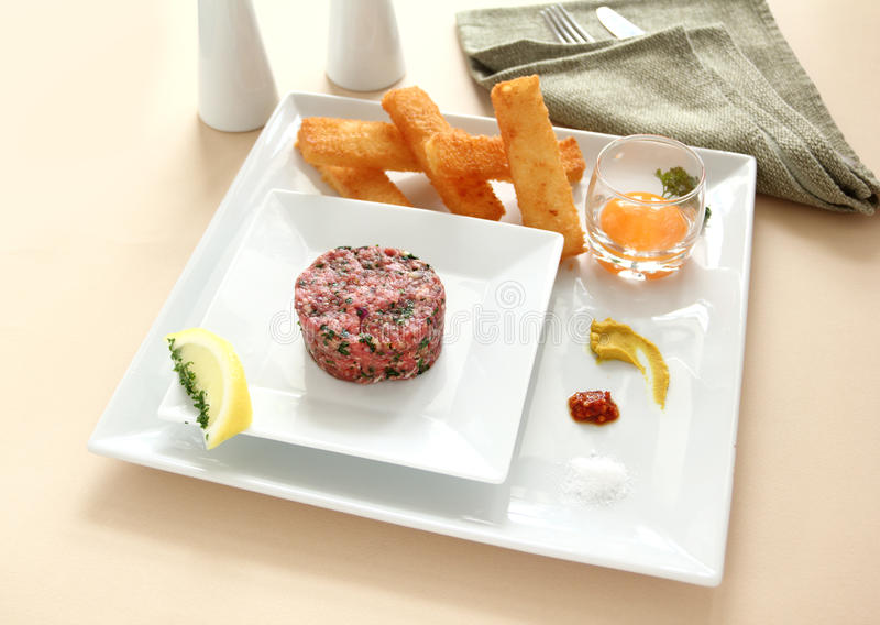Tartare de bifteck photos stock