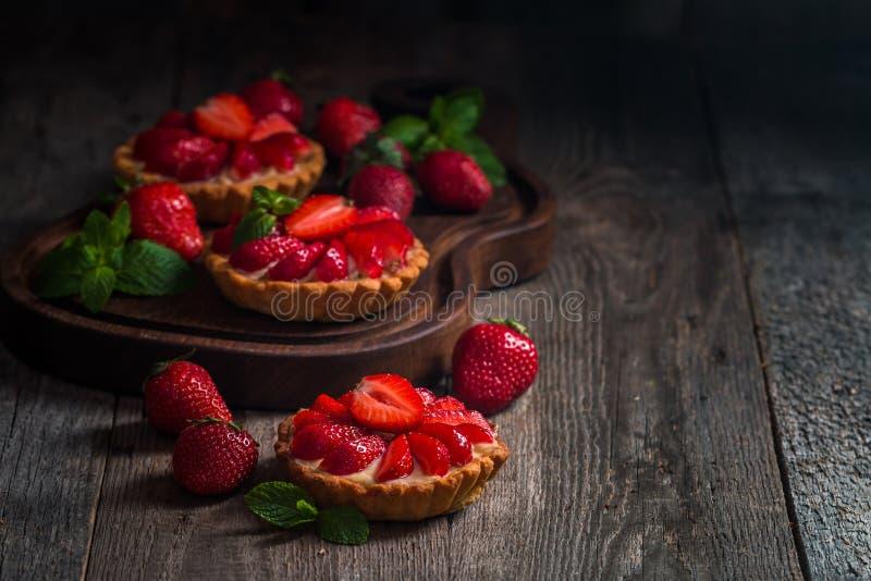 Tartas hechas en casa frescas del berrie fotos de archivo libres de regalías
