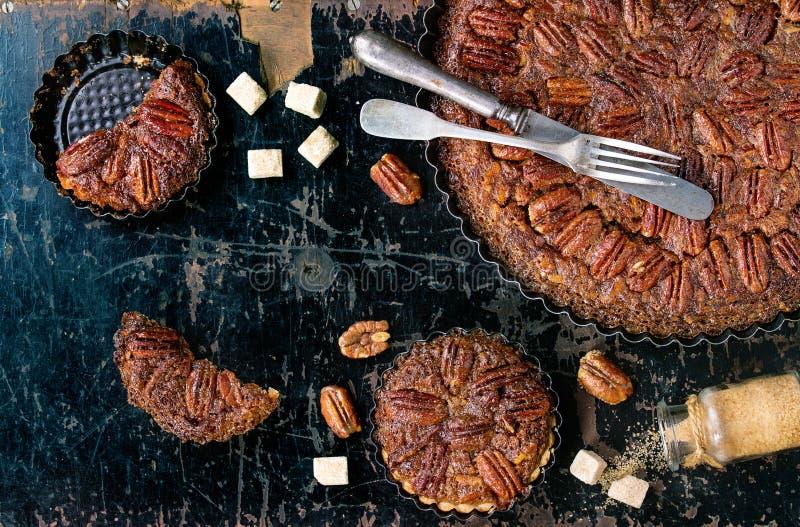 Tarte aux noix de pécan de caramel photo stock