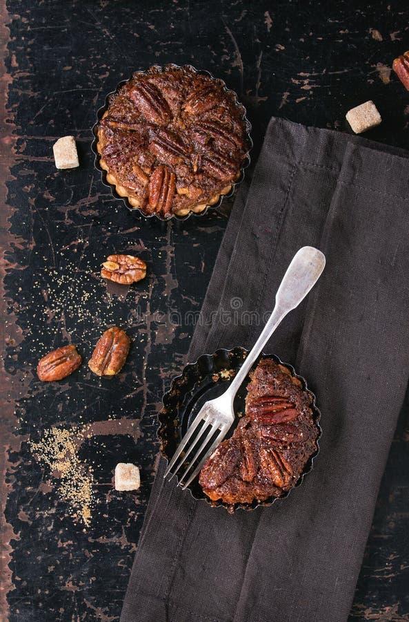 Tarte aux noix de pécan de caramel images stock