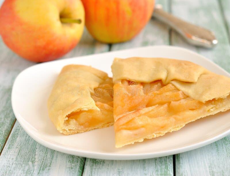 Tarte avec des pommes image stock