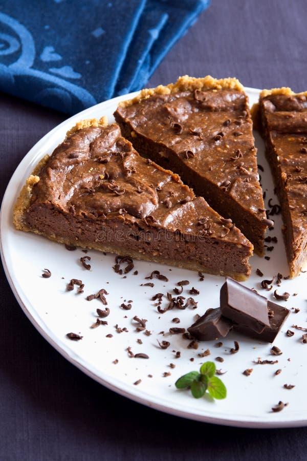 Tarte fait maison de chocolat photographie stock