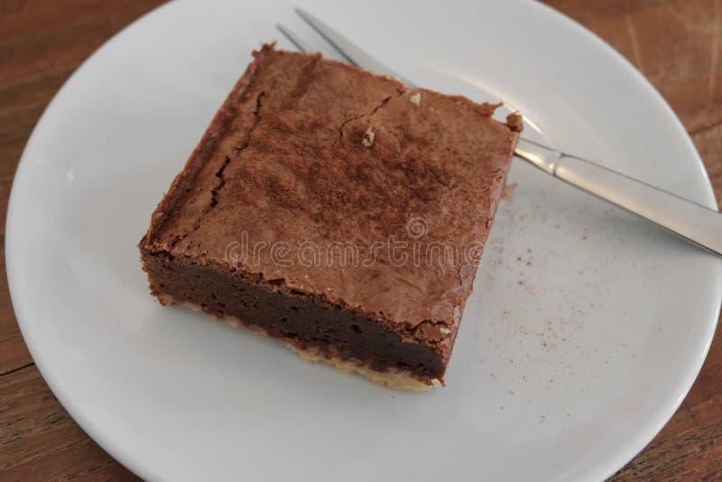 Tarte rectangulaire cuit au four de 'brownie' de chocolat photo libre de droits