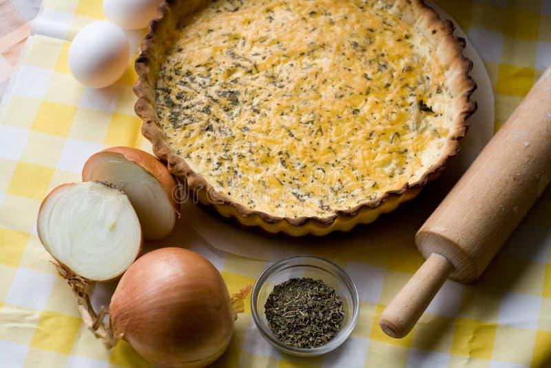 Download Tarte Rustique Traditionnel Aux Oignons Et Au Fromage Image stock - Image du farine, végétarien: 56489033