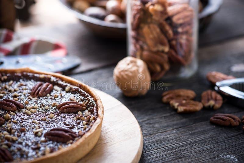 Tarte traditionnel de noix de pécan images libres de droits