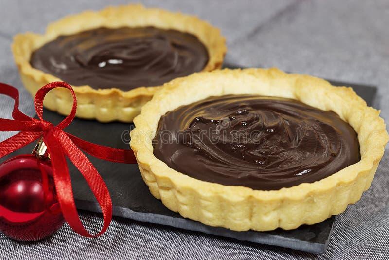 Tartlet σοκολάτας ζύμης Shortcrust με την πλήρωση Εκλεκτική εστίαση στοκ εικόνα με δικαίωμα ελεύθερης χρήσης