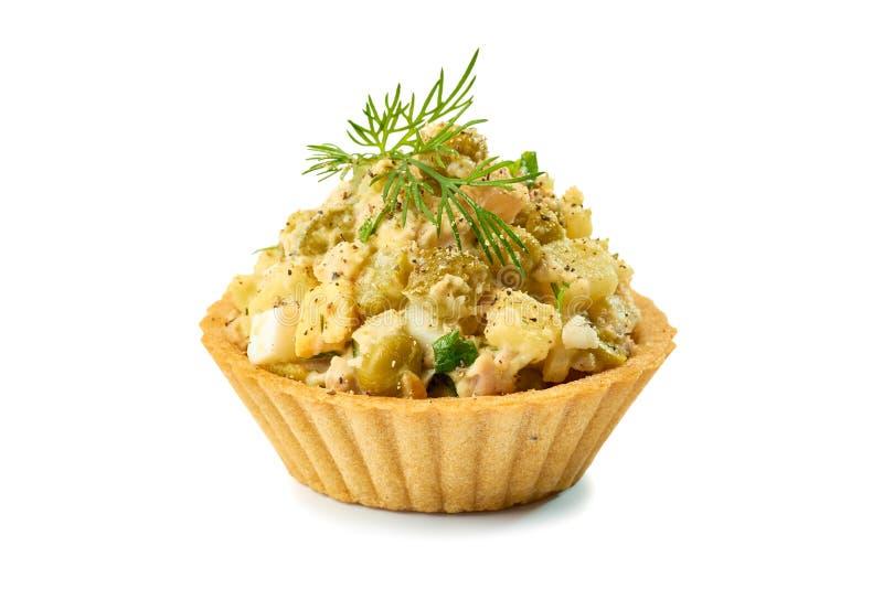 Tartlet com salada do presunto no branco imagens de stock royalty free