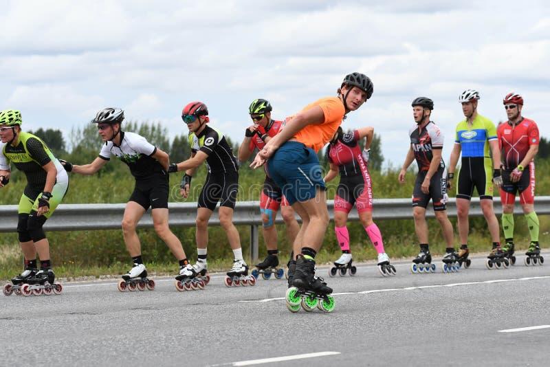 Tartu/Estônia - 26 de agosto de 2018: Maratona de patinagem Inline de Tartu fotos de stock