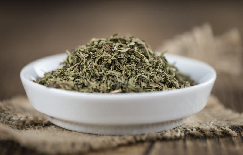 Download Tas Des Feuilles Sèches De Stevia Image stock - Image du aromatique, additif: 76084475