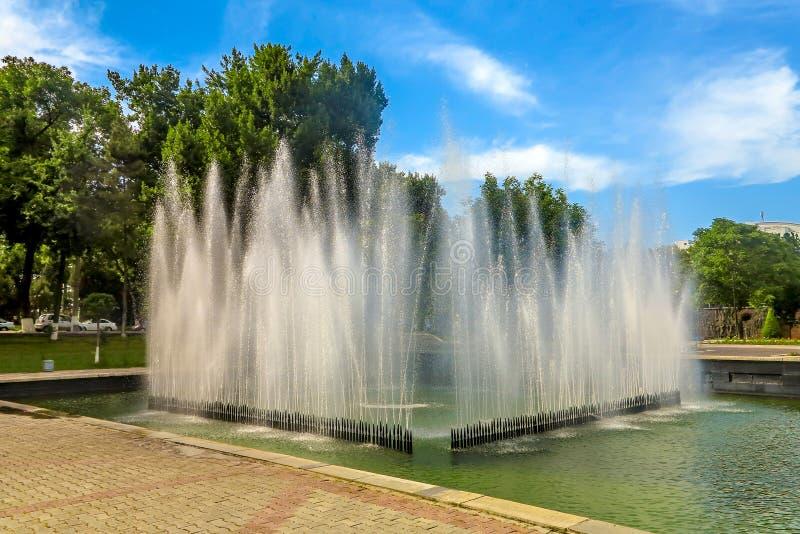 Taschkent Mustaqilliq Maidoni 01 stockfoto