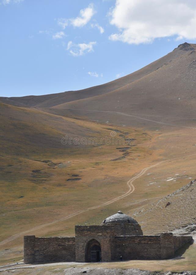 Tash Rabat Caravanseri i Kyrgystan royaltyfri fotografi