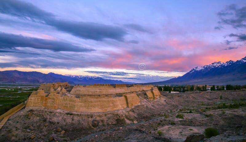 Tashi Kurgan Stone City fotografie stock libere da diritti