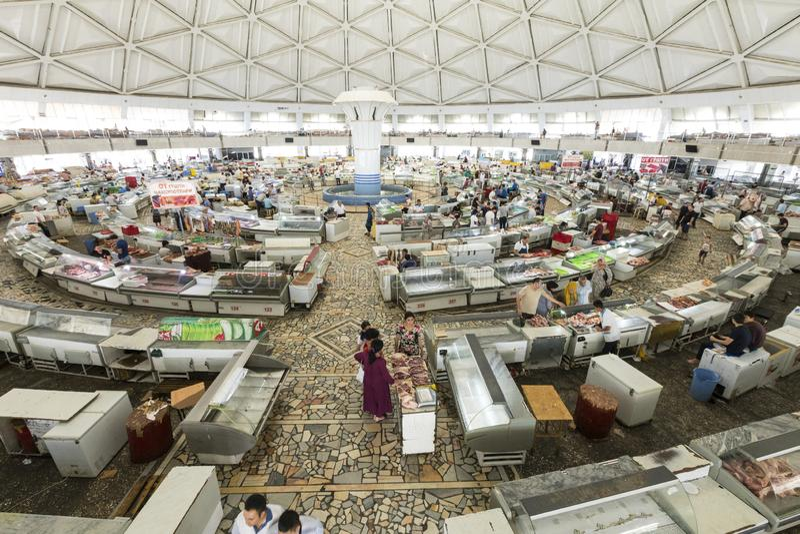 TASHKENT, UZBEKISTAN - AUGUST 22, 2018: Interior of Chorsu Bazaar, in Tashkent, Uzbekistan. royalty free stock photos