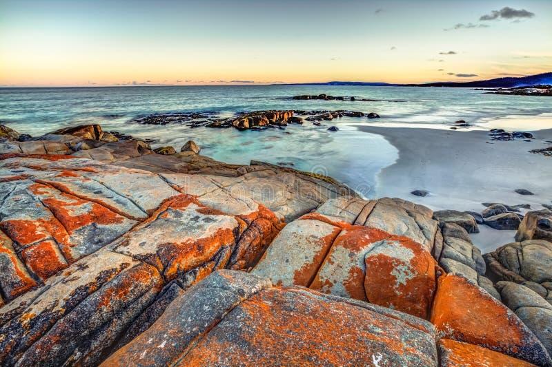 Tasmanien: Bucht von Feuern lizenzfreie stockfotografie