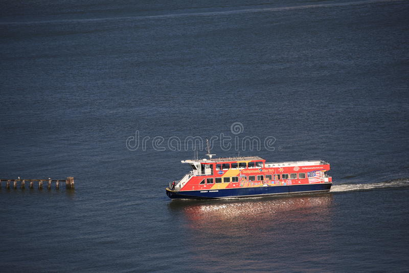Tassì dell'acqua di New York City fotografia stock libera da diritti