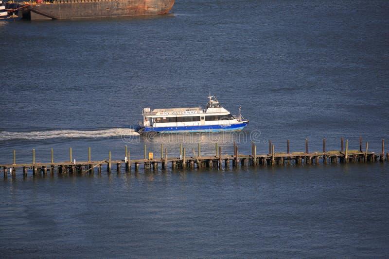 Tassì dell'acqua di New York City immagini stock libere da diritti