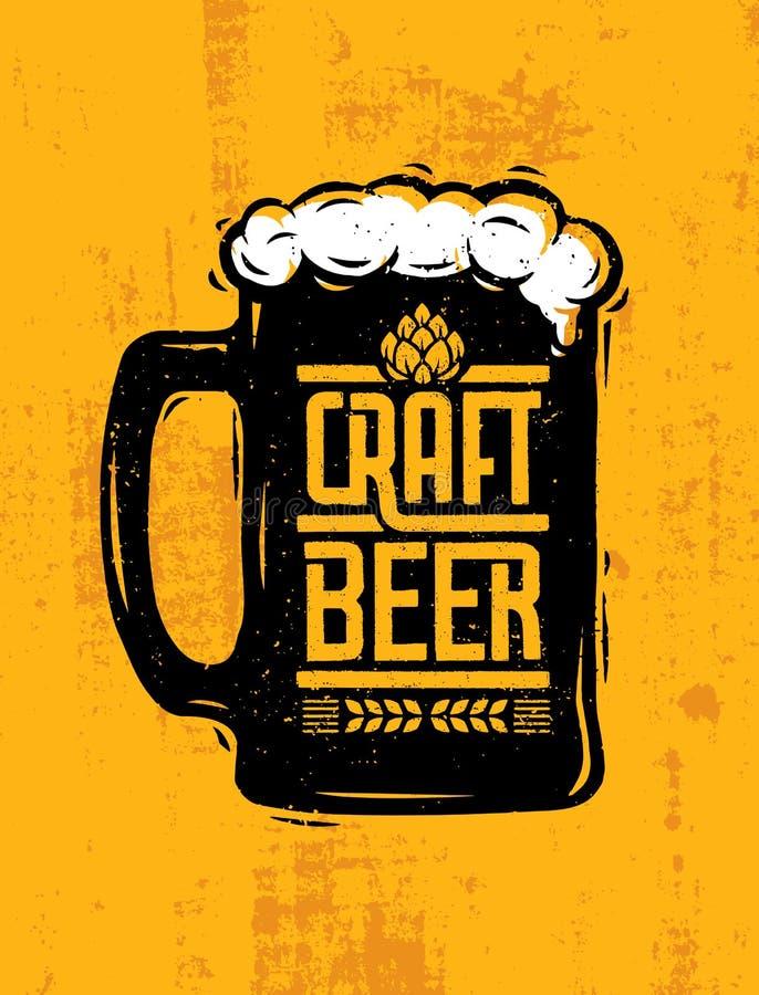 Tasse de bière de métier avec la composition créative en lettrage de mousse sur le fond approximatif illustration libre de droits