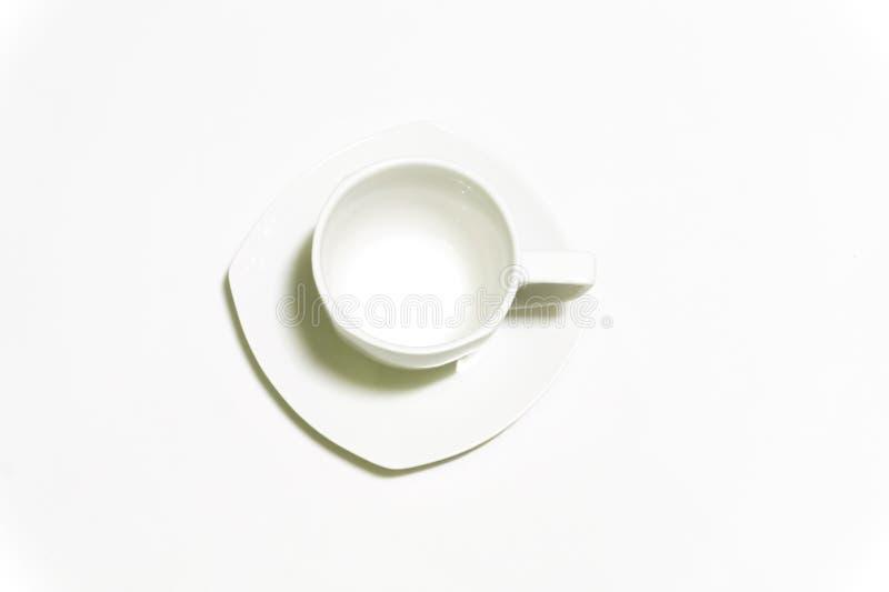 Tasse de café blanc sur le fond blanc image stock