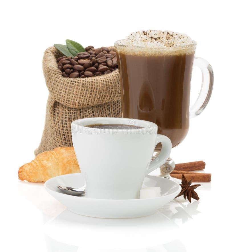 Tasse de café sur le blanc photo libre de droits