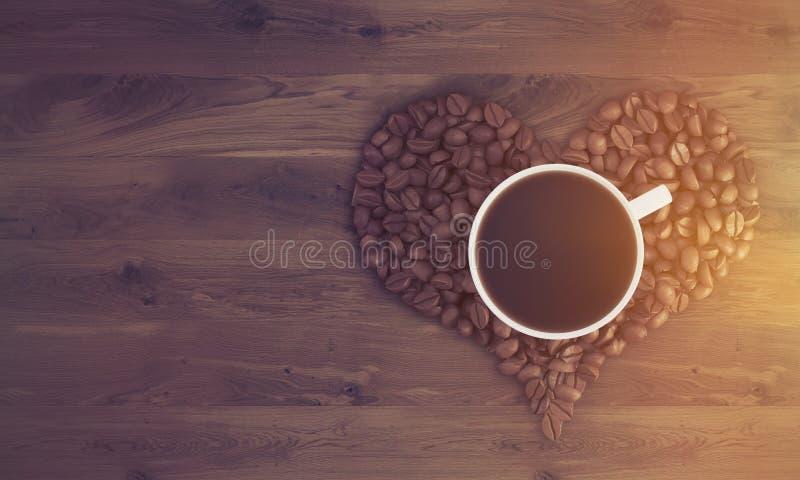 Tasse de café sur le coeur de café, modifiée la tonalité illustration libre de droits