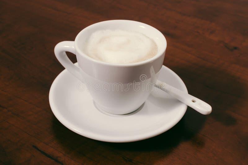 Tasse de cappuccino images libres de droits